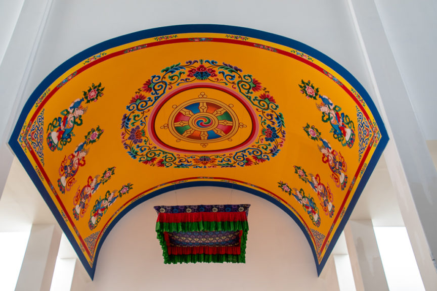 Stupa portal ceiling art